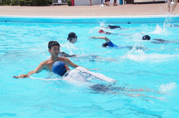 水泳訓練のコピー