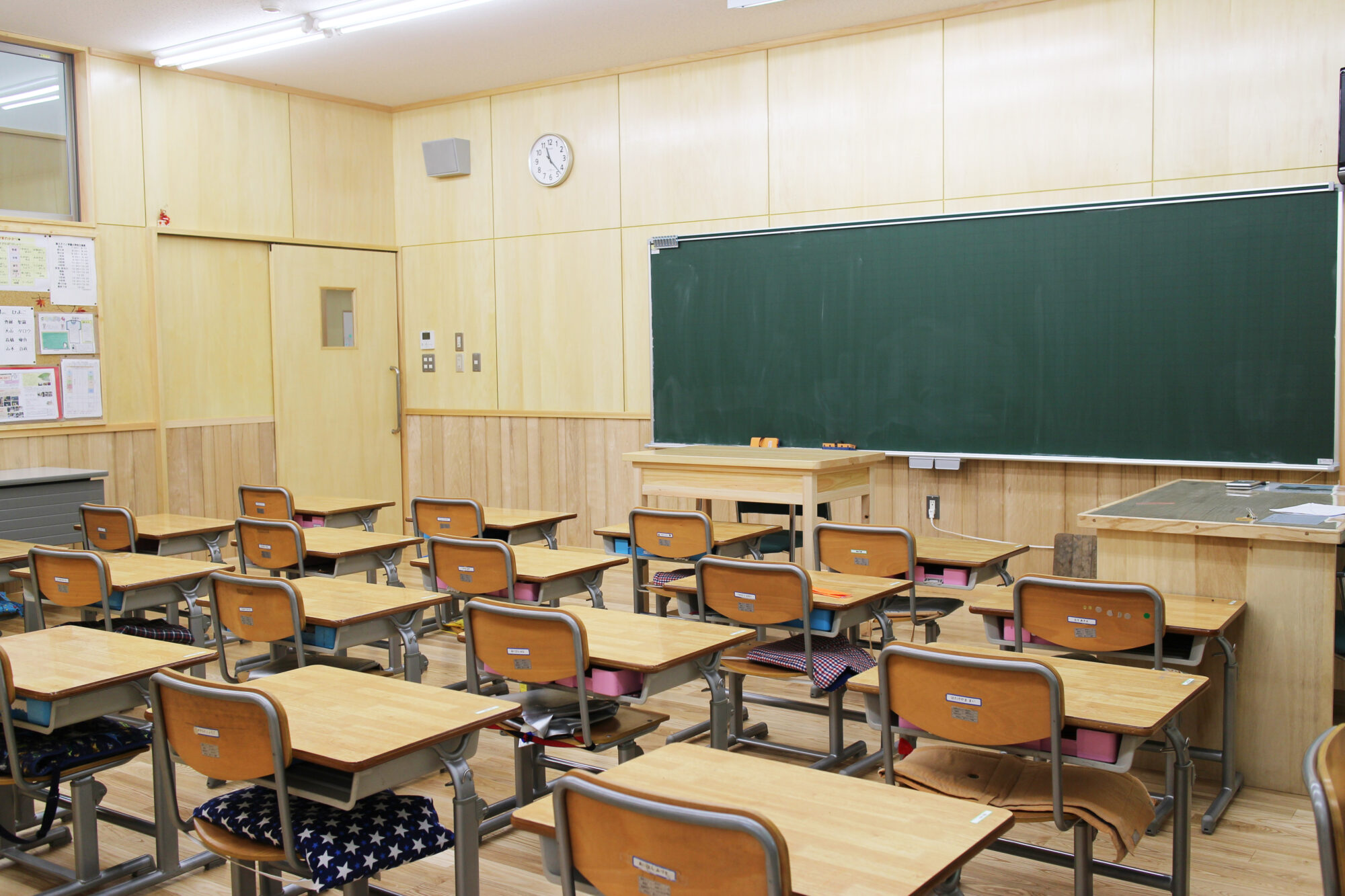 学園の歴史(小学校新校舎)のコピー